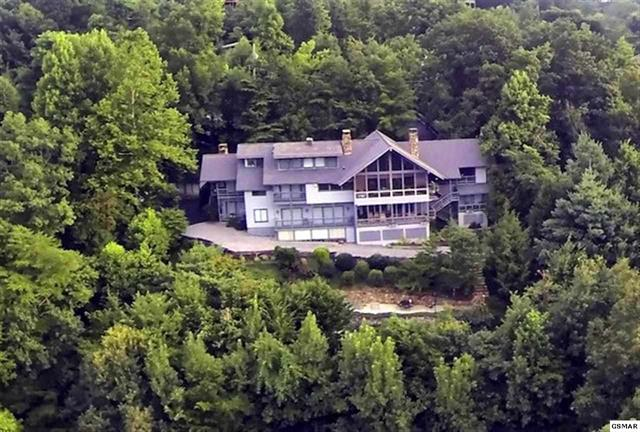 Gatlinburg luxury home estate property