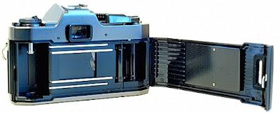 Olympus OM-2000, Film Box