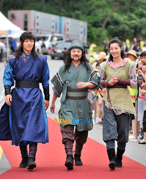 sistar bora jin woon and junhee dating