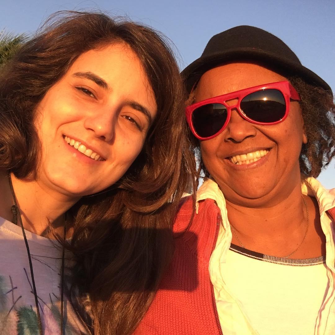 Sandra de Sá vai se casar hoje com poeta: 'Melhor fase da vida'