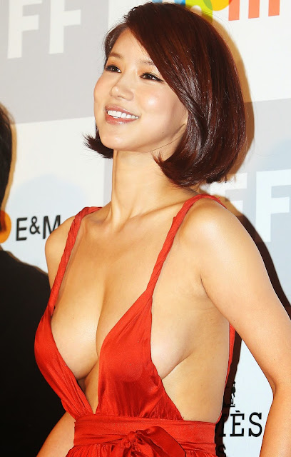 Oh In Hye 오인혜 Hot Red Carpet Dress Photos 01