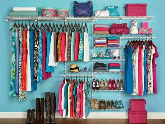 Jaka powinna być nasza garderoba? Zasady doboru garderoby.