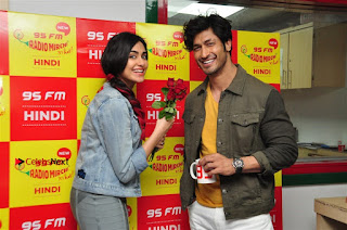 Vidyut Jamwal Adah Sharma Commando 2 Movie Team at Radio Mirchi 95  0046.jpg