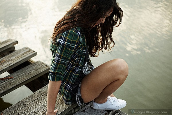 Young petite teen upskirt in public pussy