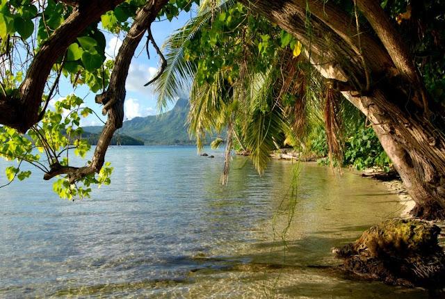 FRANS-POLYNESIË: AAN DE POORTEN VAN HET PARADIJS