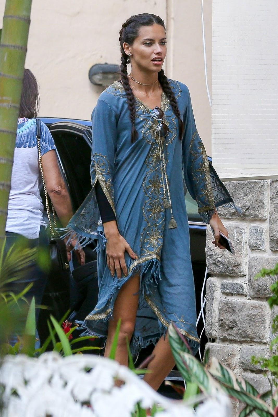 Victoria's Secret Fashion Show Model Adriana Lima out in Rio De Janeiro-HD Photos