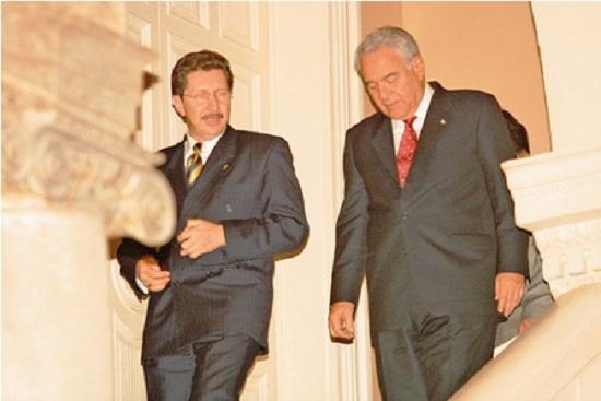 Los exdignatarios reunidos en Palacio de Gobierno en 2002 / ARCHIVO WEB