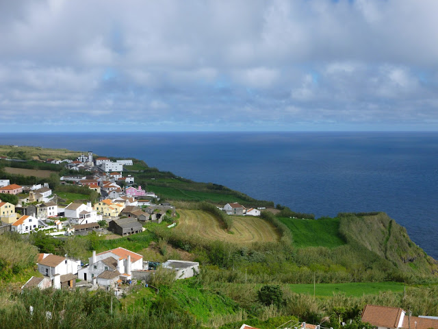 hitchhiking azores