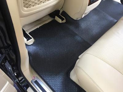 Thảm lót sàn ô tô Land Cruiser V8
