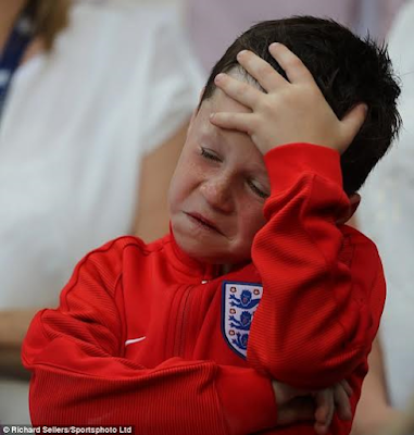 wayne rooney son kai rooney shows all his emotions at the england iceland match during euro 2016