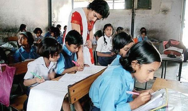 बिहार मे 56 छात्र पर अछि एक शिक्षक, गुणवत्तापूर्ण शिक्षा सपने सन!
