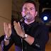 Πτυχιούχος ο Ηλίας Βρεττός Ο τραγουδιστής είχε βάλει στην άκρη τις σπουδές για το τραγούδι