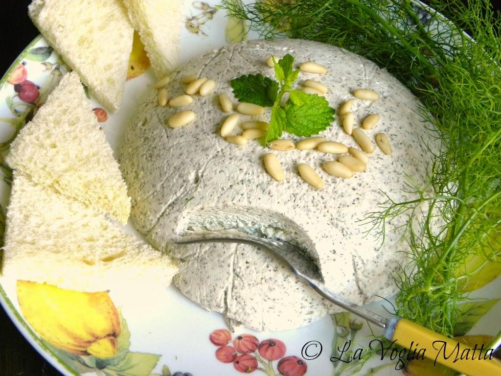mousse di feta pinoli ed erbe aromatiche