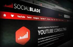 Aplikasi MEMBUAT Analisis  Trafik Sosial Media   Social Blade 