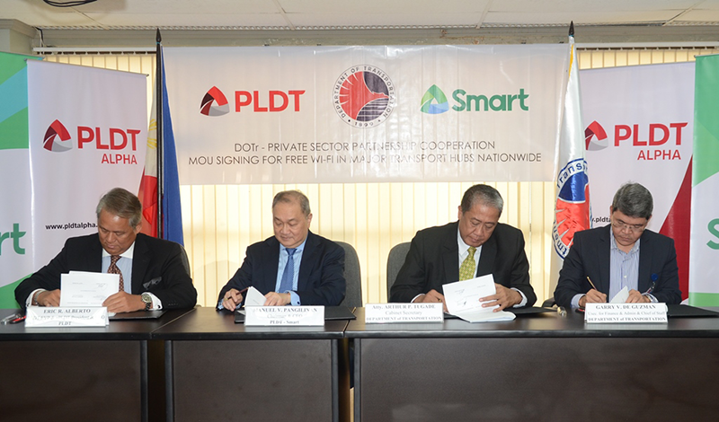 PLDT And Smart Together With DOT Will Roll Out Smart WiFi In Major Transport Hubs Nationwide!