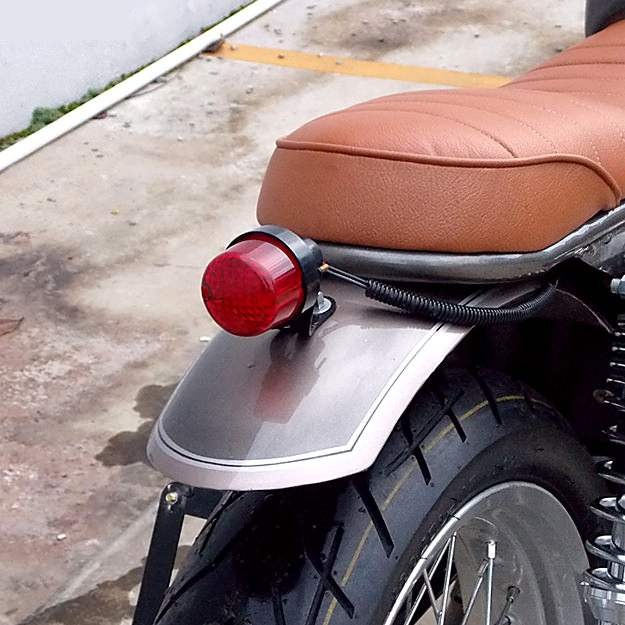 Cool Car Gifts For Guys: SUZUKI THUNDER 125 CUSTOM