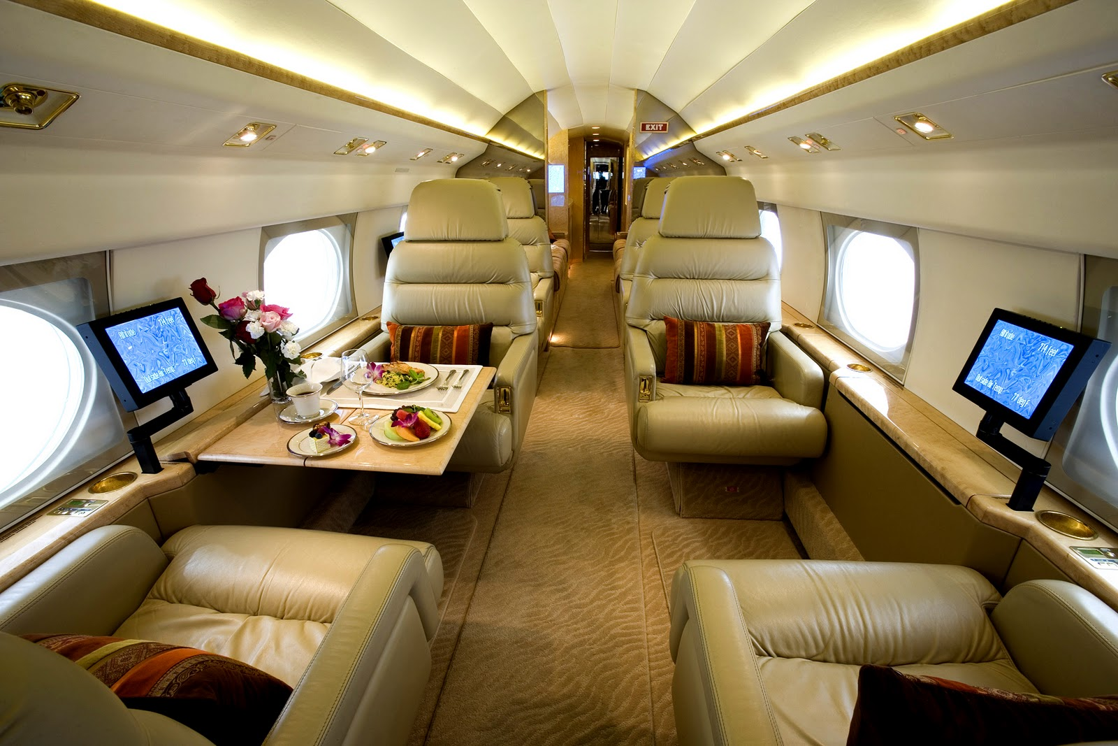 Luxury private jets - Bellisima