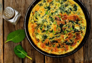 Ομελέτα με πατάτες και σέσκουλα: Η σούπερ υγιεινή και οικονομική συνταγή!
