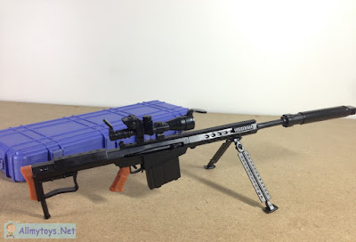 1:6 Scale Model Toy Gun 1