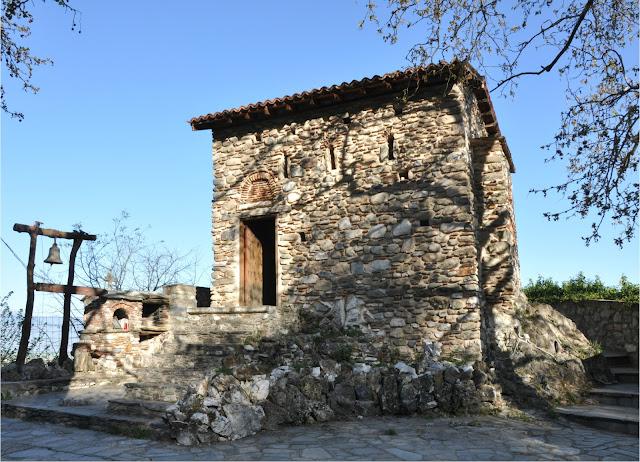 Αποτέλεσμα εικόνας για Αγιοι αναργυροι  βυζαντινοι ναοι