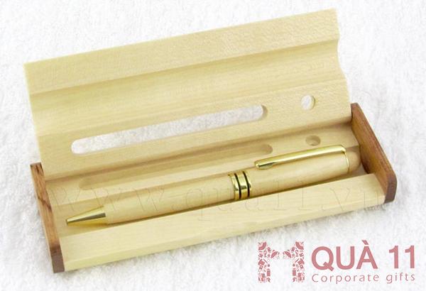 Hộp đựng bút bằng gỗ, hộp bút gỗ để bàn, hộp bút gỗ khắc tên