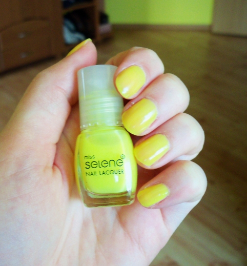 Happy Easter Holiday!!  \\ Miss Selene Nr. 15 Nail Lacquer Swatch
