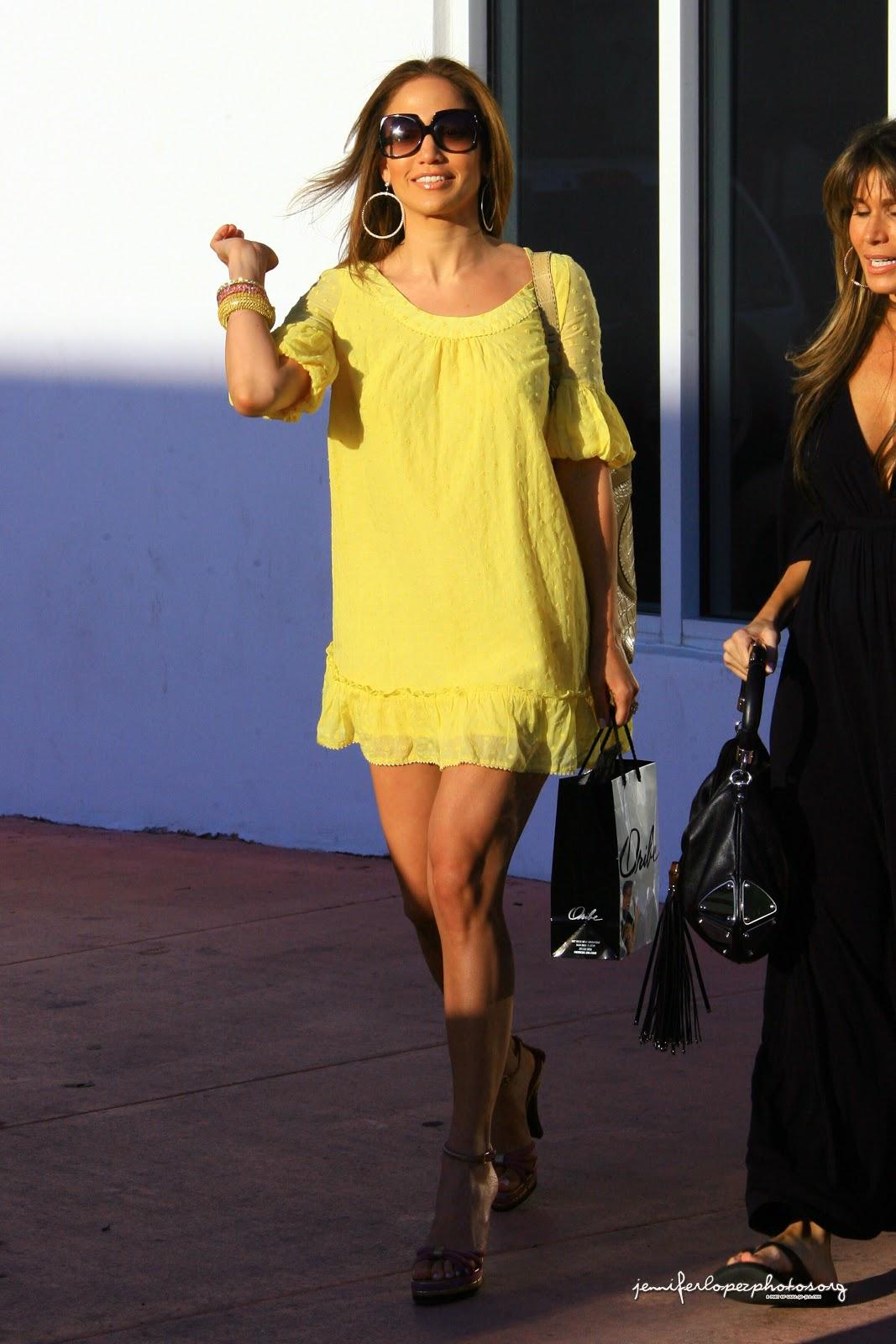 The Boy Next Door & Parker actress Jennifer Lopez HD Wallpapers & HD Photos