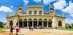 chowmahalla palace timings