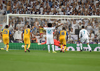 LIVE: REAL Madrid 3-0 APOEL FC Nicosia