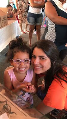 Entrega de óculos pela ONG S.A.S em Sete Barras