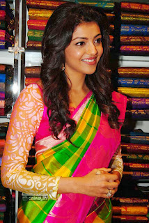 Kajal-Agarwal-Stills-at-Kalanikethan-Launch