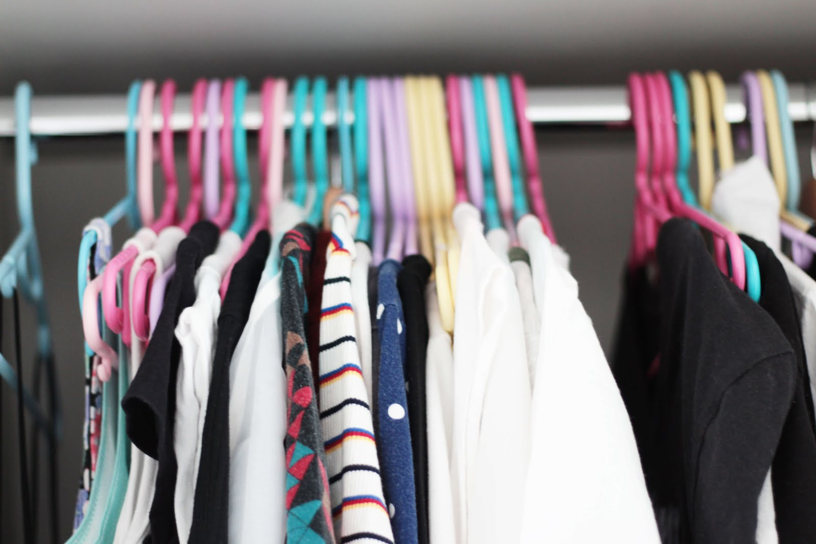 effective ways to clear out wardrobe
