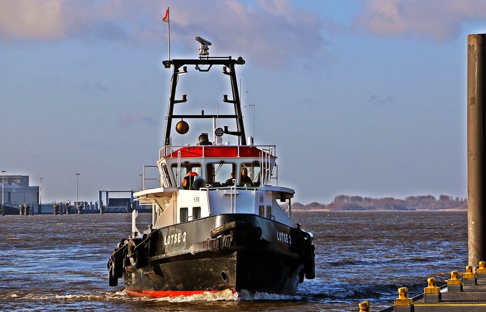 Hamburg Lotse, Lotsenboot, Lotsenschiff