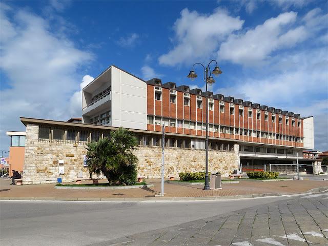 Palazzo dell'Ufficio delle Dogane, piazza dell'Arsenale, Livorno