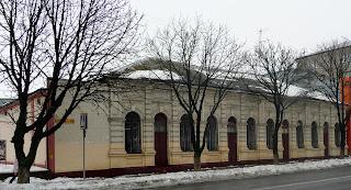 Павлоград. Вул. Центральна. Будинок культури