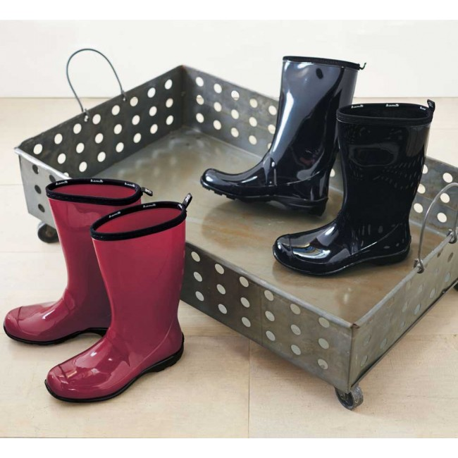 Boot Tray With Wheels