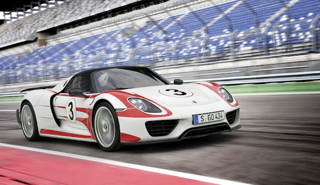 Porsche 918 Spyder - Weissach Package