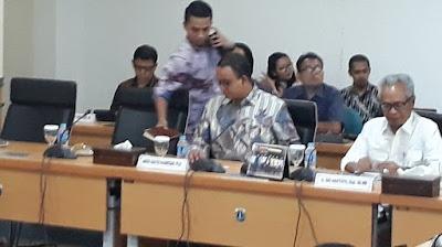 Seluruh Fraksi Hadir Kecuali PDIP, Anies Rapat Pertama di DPRD