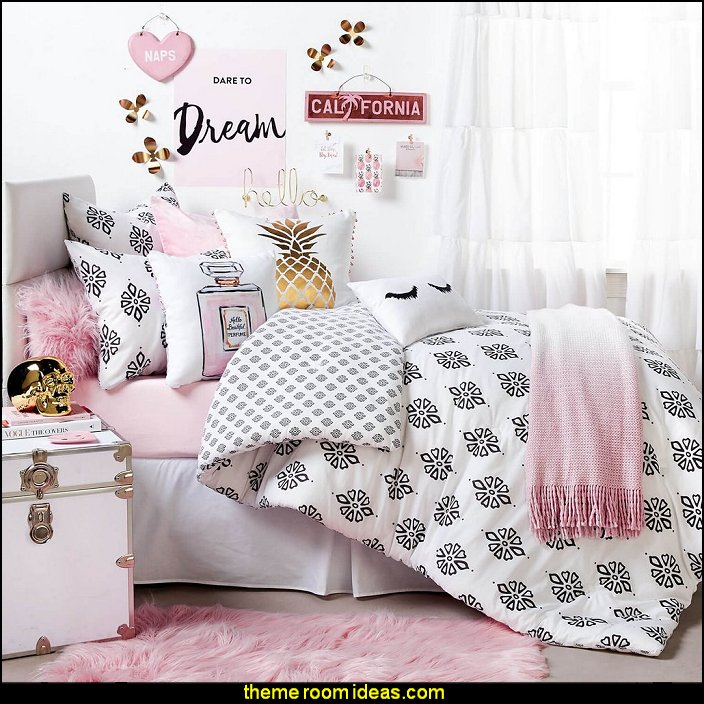 decorating theme bedrooms maries manor bedding funky cool girls bedding fashion bedding. Black Bedroom Furniture Sets. Home Design Ideas