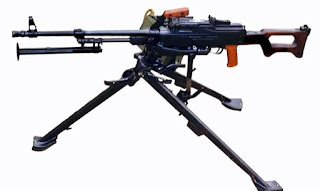 bixi rus MG3 (Ağır makinalı Tüfek)