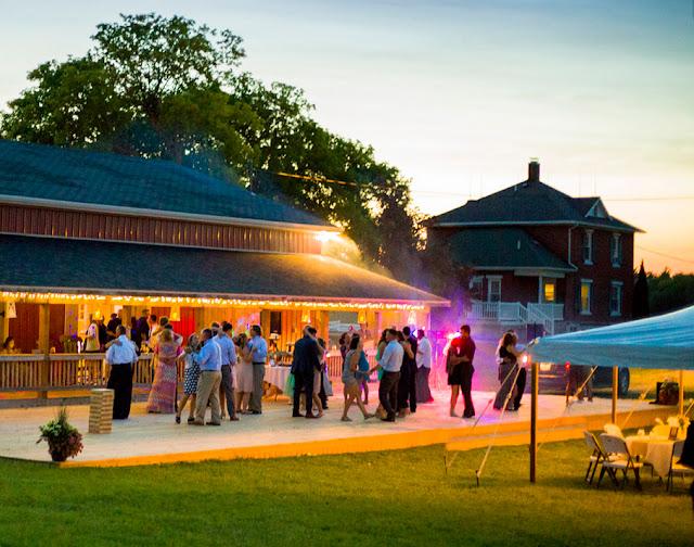 Traverse City Wedding Venues Cobblestone Farm Traverse City