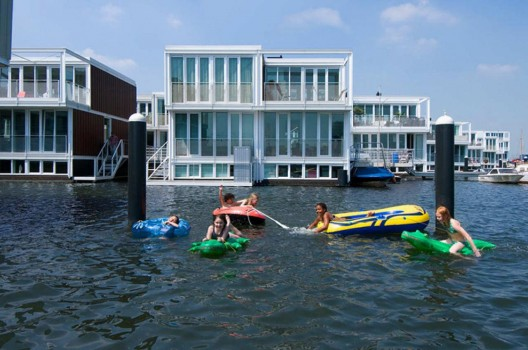 Architects: Architectenbureau Marlies Rohmer Location: Amsterdam, The Netherlands Design team: Marlies Rohmer and Floris Hund, Michiel van Pelt, Ronald Hageman, Marc de Vries, Charles Hueber, Martin Koster Client: Ontwikkelingscombinatie Waterbuurt West and Woningstichting Eigen Haard Project area: 10,652 sqm Project year: 2001-2011