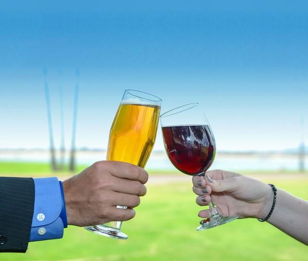 Sự khác nhau giữa bia và  rượu
