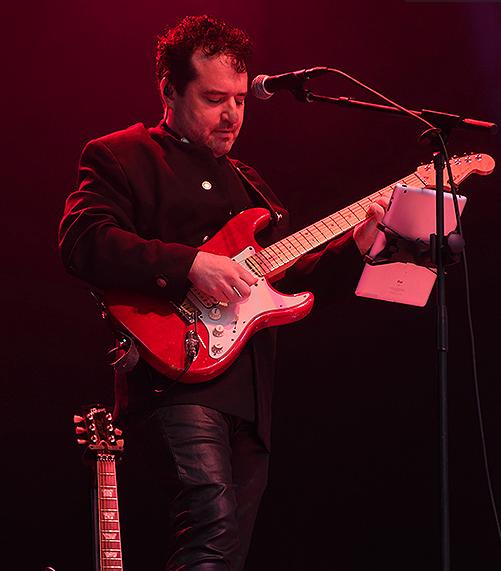 Tony P, Gibson ,Fender, Dave Koz ,Gerald Albright, guitar , rock , jazz, Tony Pulizzi, Tonypguitar