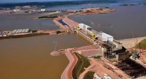 construção de uma usina binacional no rio Madeira, na região de Guajará-Mirim