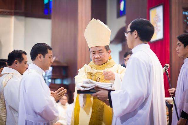 Lễ truyền chức Phó tế và Linh mục tại Giáo phận Lạng Sơn Cao Bằng 27.12.2017 - Ảnh minh hoạ 17