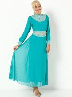 18293090ccfe5 ... uygun yüzlerce seçenek bu ucuz e tesettür giyim sitelerinde  bulabilirler. Sizin için seçtiğimiz bu siteden bazı tesettür elbise  modellerini sunuyoruz.