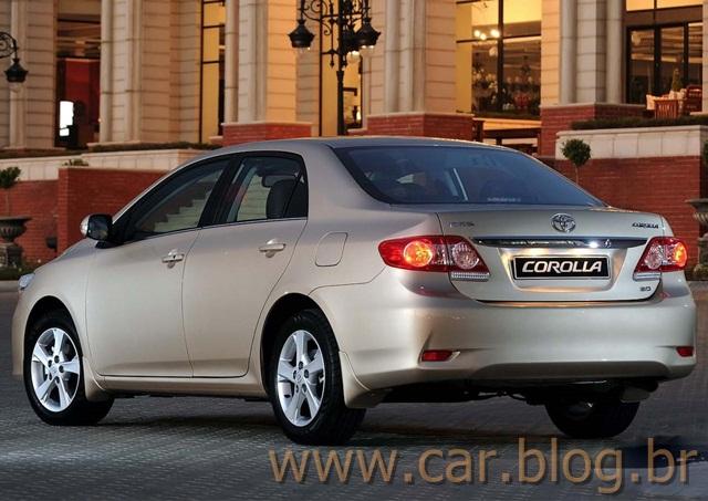 Novo Toyota Corolla XEi 2012   Traseira