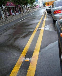 Di Korea Selatan Jalan Otomatis Membersihkan Sendiri
