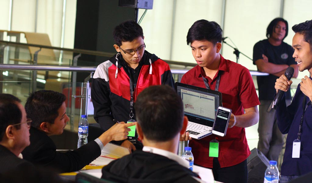 Team Pentagon creator of PLDT TechGo support app won the #PLDT88 Hackathon Challenge